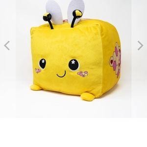 Moosh Moosh plush square pillow